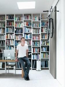 Vipp, Bioemega Bike, clever use of space, Copenhagen, Danish Design, Home Tour, Kristine Funch, Loft Style Appartment, Marc Newson, Minimalist Design Lifestyle, Morten Bo Jensen, Skandinavian Design, Vipp