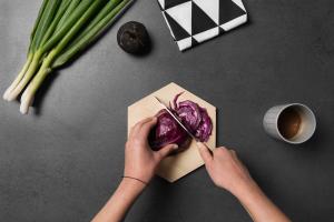 Minimalist Design, minimalist kitchen objects, Schneiderbrett Geometrisch