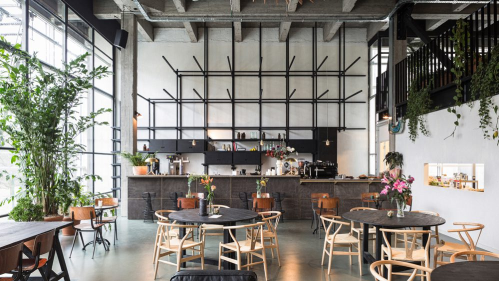CO-WORKING SPACE FOSBURY & SONS – A NEW WAY OF WORKING IN ANTWERP