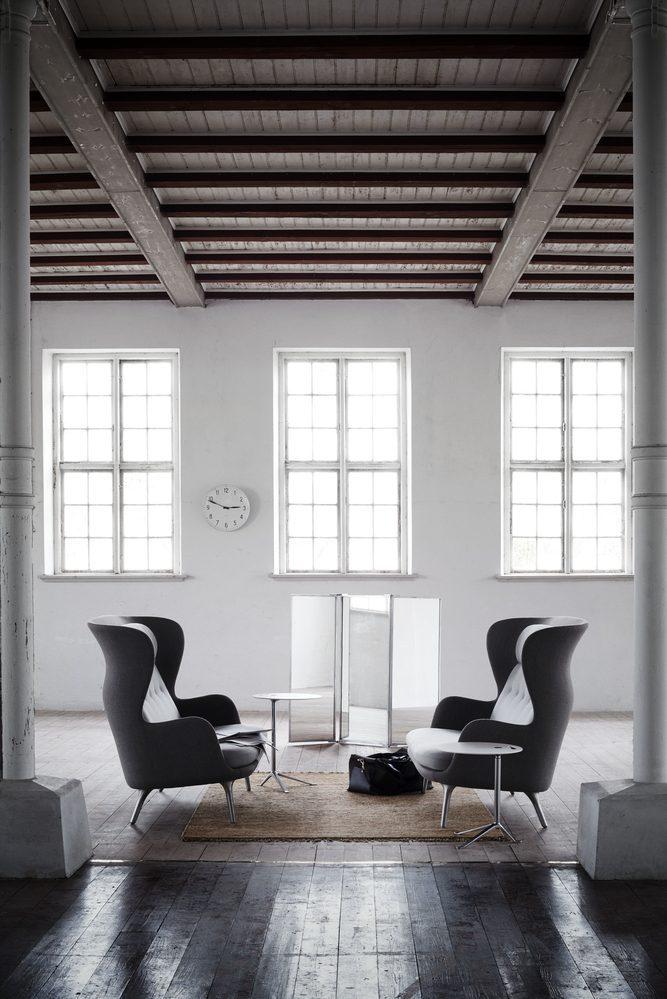 Republic of Fritz Hansen  introduces Ro Sofa