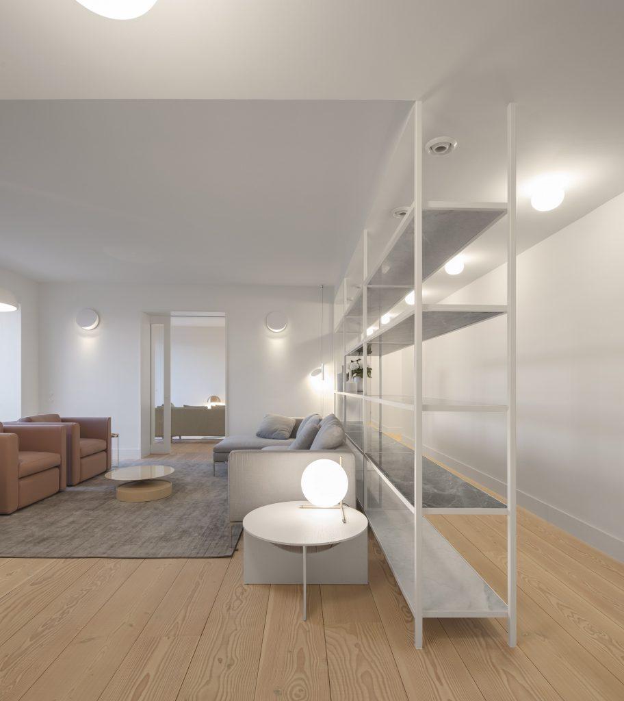 Apartment AMC Soft Minimalism with a Colour Block - DESIGNSETTER ...