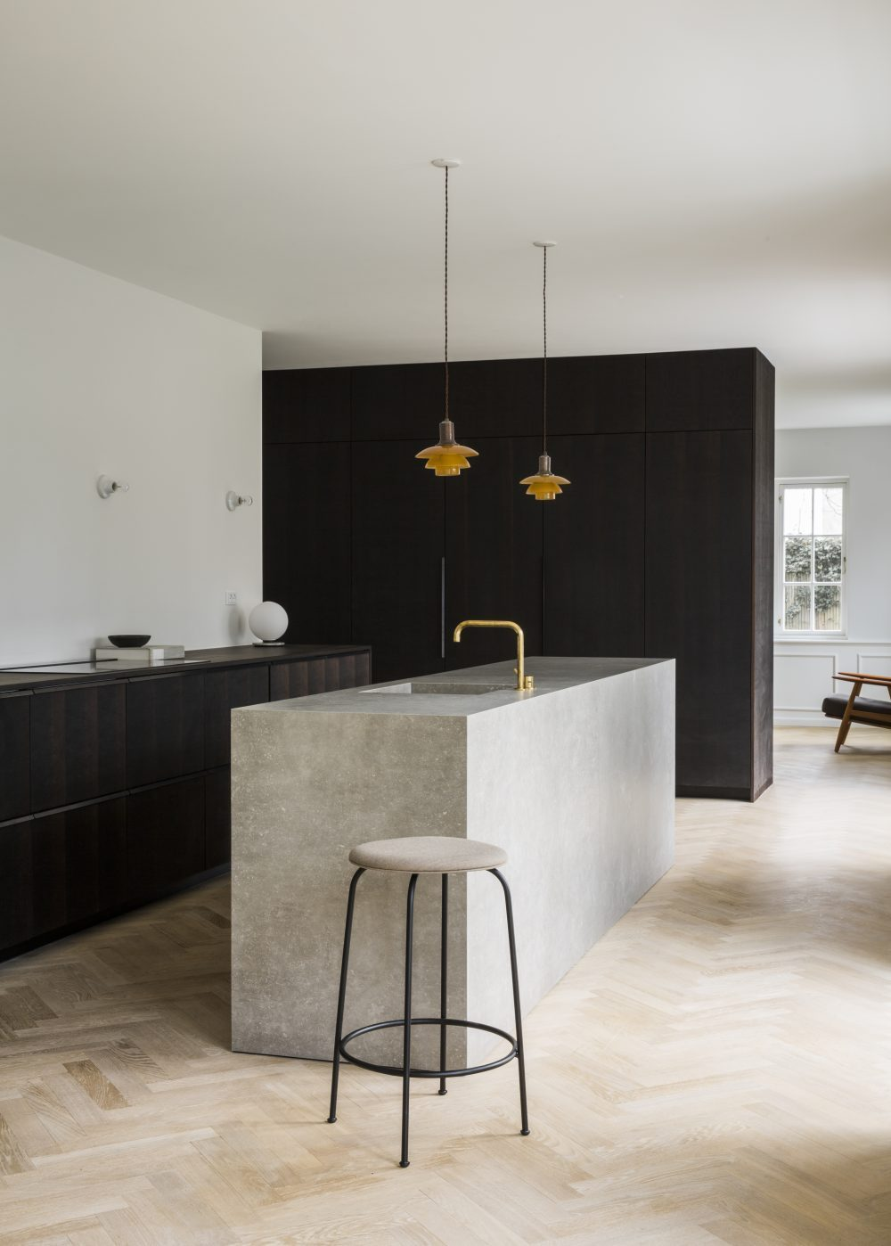 Minimalist style restoration of a historic villa in Copenhagen - PH ...