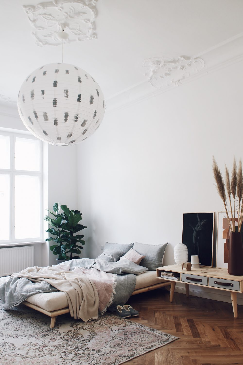 berlin altbau styling example by interior stylists salty interiors. Black Bedroom Furniture Sets. Home Design Ideas