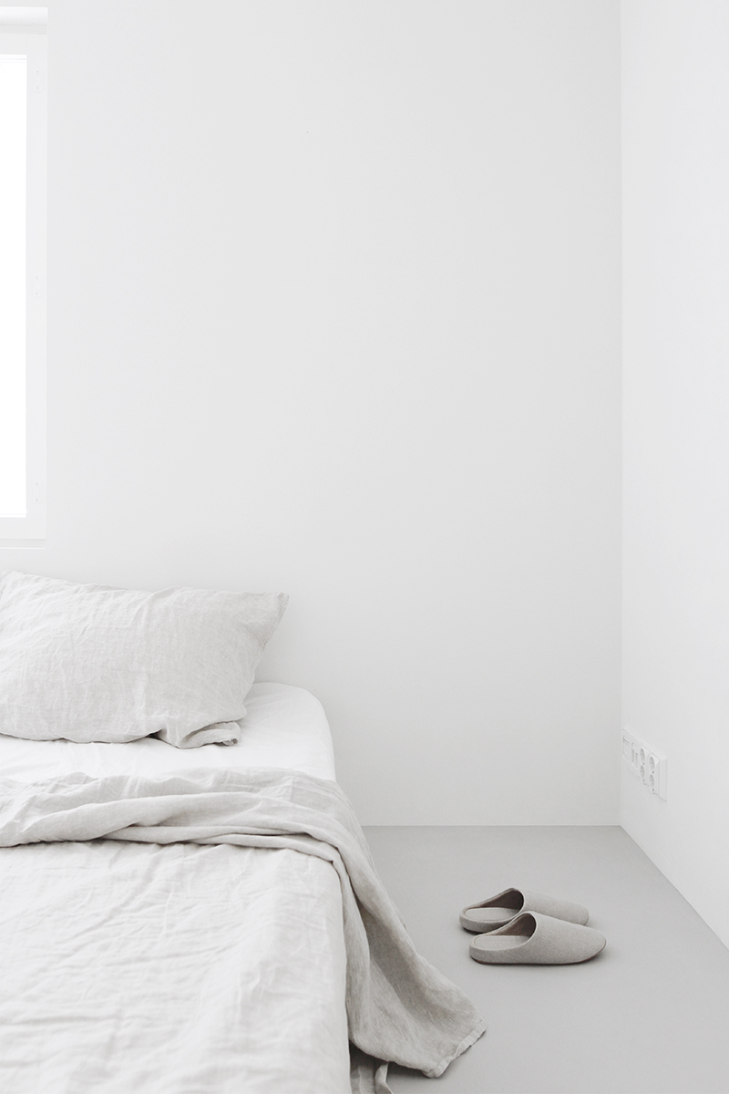 Minimalist Bedroom Home Tour