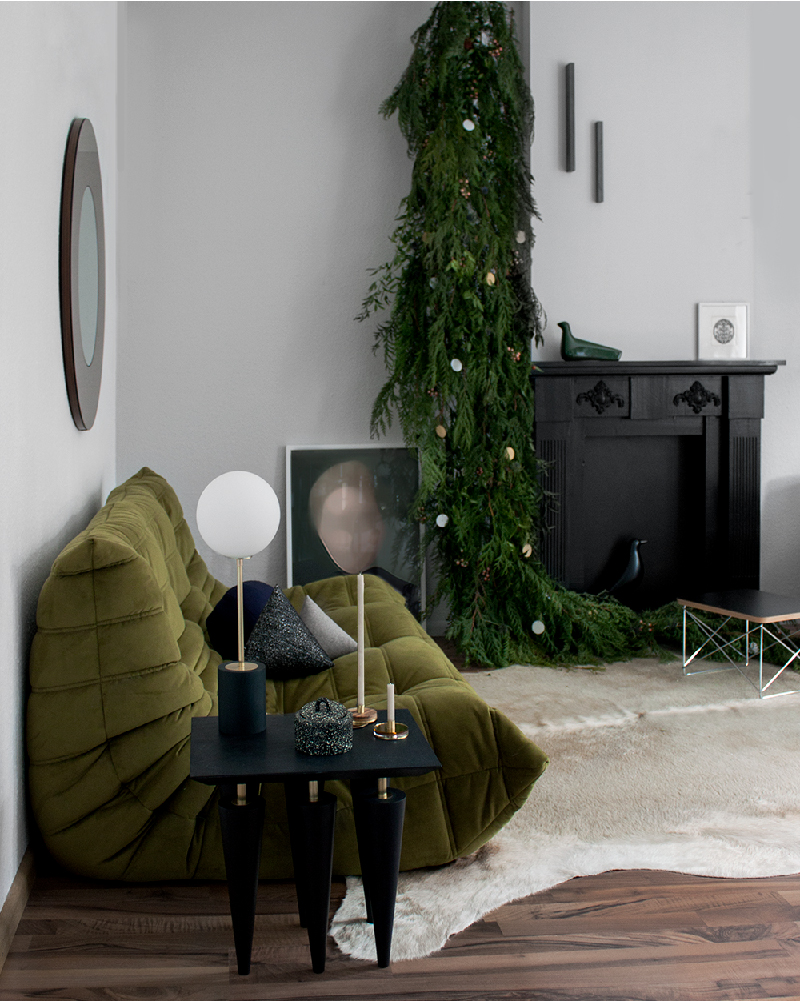 "At Home for Christmas with ""ZWEI Design"" – interior design ideas that help us turn a small simple apartment into a comfortable design home."