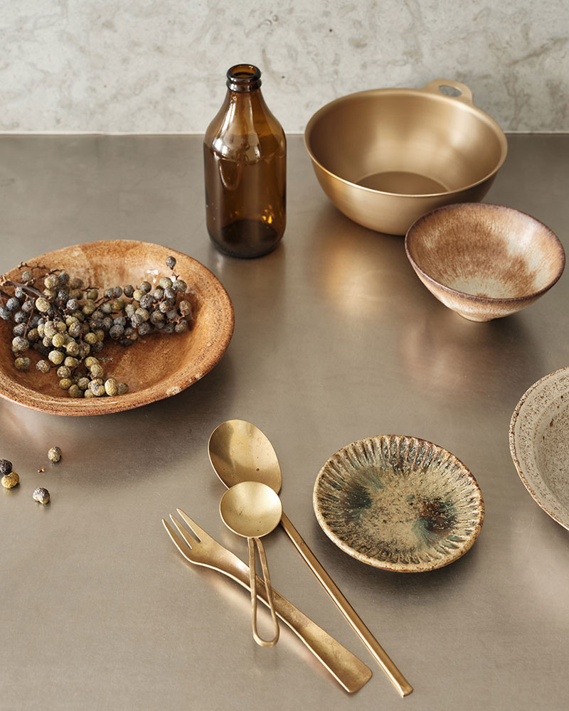 Danish stylist Marie Graunbøl has chosen kitchen accessories that have a beautiful tactility.